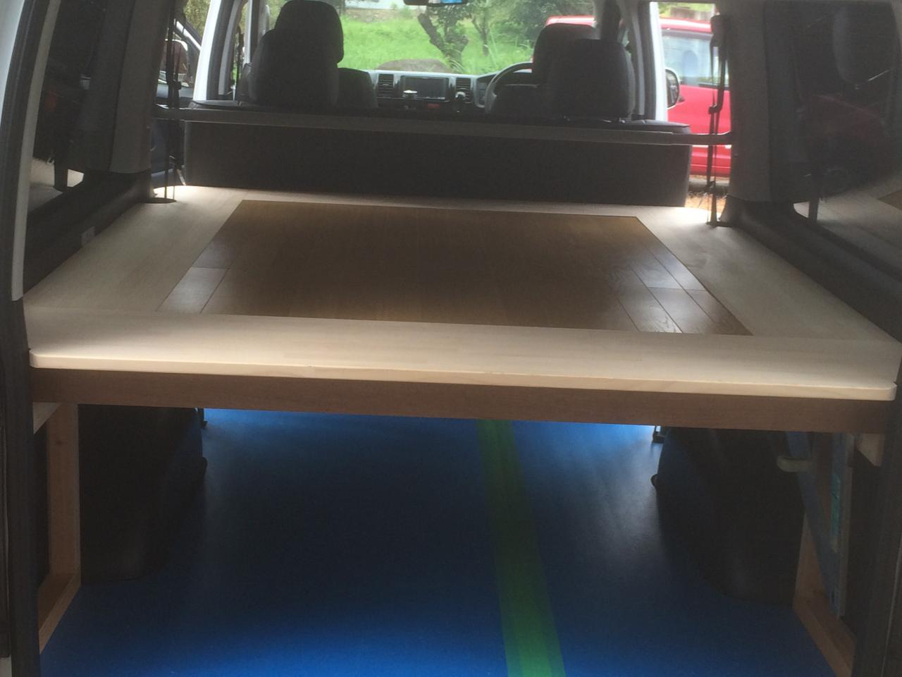 Carrier for wooden Hiace