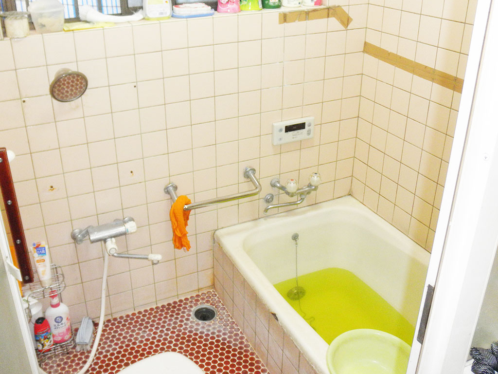 お風呂場のリフォームビフォー